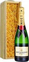 Moet & Chandon Brut NV Champagne 75cl in Wood Box (SL)